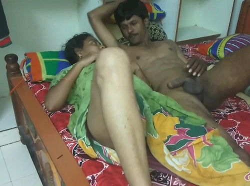 Desi Couple Having Sex In Bed On Video